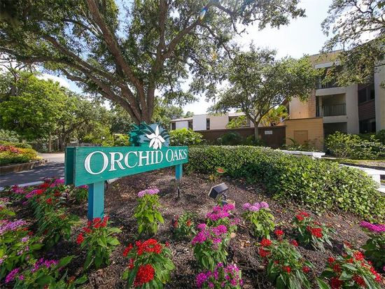 orchid-oaks-entry-sign